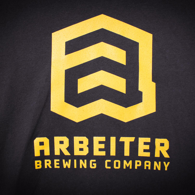 arbeiter-tshirt-black-logo-detail-large