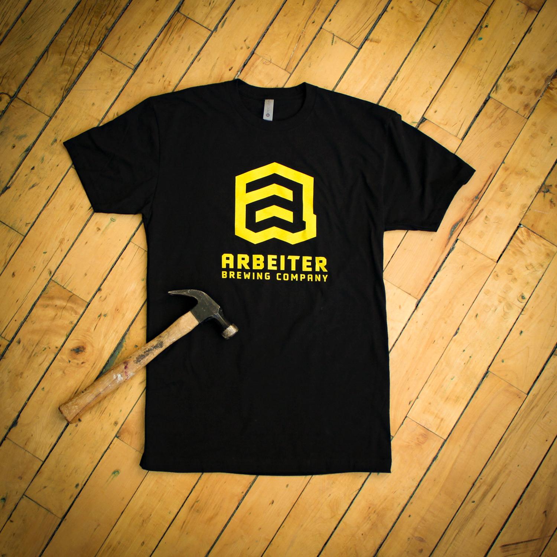 arbeiter-tshirt-black-logo-on-wood-large